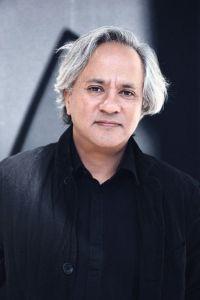 Anish Kapoor.