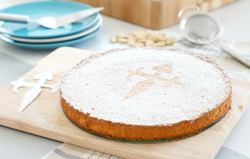Aprende a preparar la tarta de Santiago (pastel dealmendra)