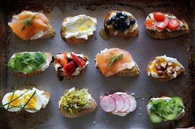 10 recetas de montaditos (fáciles y rápidos) para servir en unacena