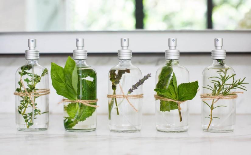 Te digo cómo hacer un spray de olor para tu casa con tus aromasfavoritos
